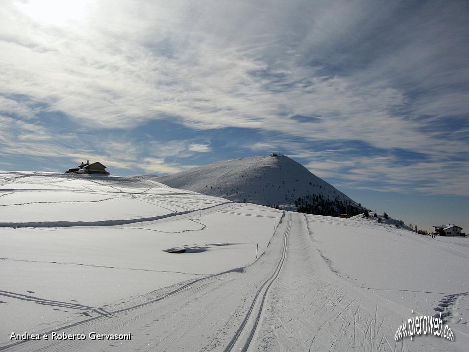 Immagini di sci nordico dalle piste dei piani di bobbio for Piani di coperta e costi